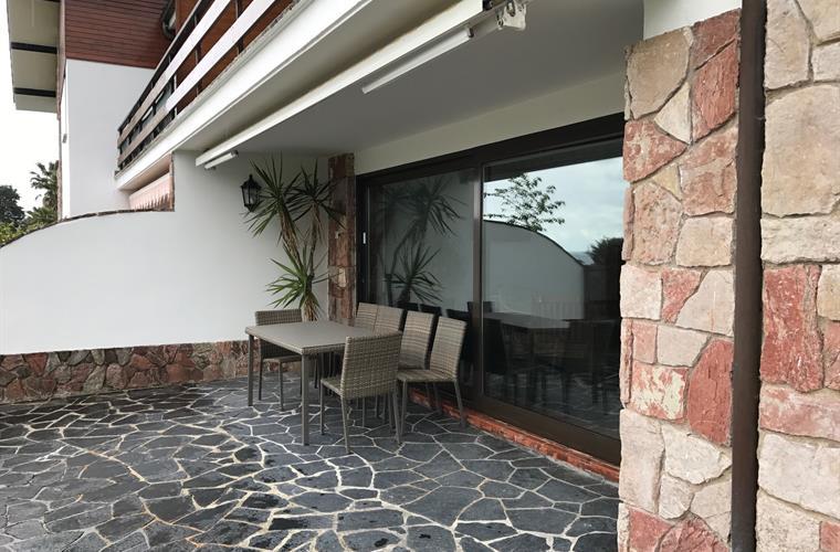 6319429-34180-Caravia-Townhouse_Crop_760_500